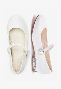 Next - WHITE HEEL MARY JANE SHOES (OLDER) - Nazouvací boty - white - 1