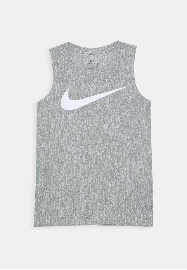 CORE  - T-shirt de sport - black/white