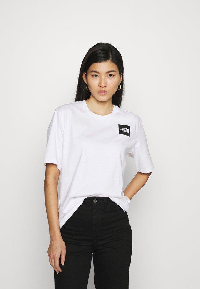 FINE TEE - Camiseta estampada - white