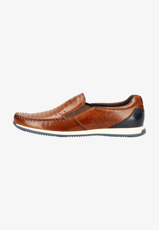 Loafers - cognac