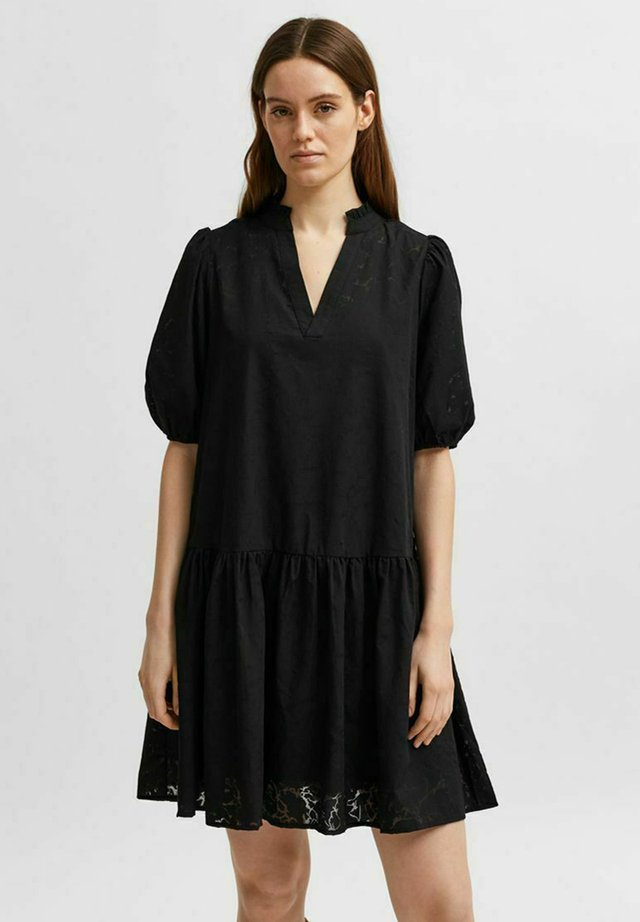 SLFPERNILLA DRESS - Korte jurk - black