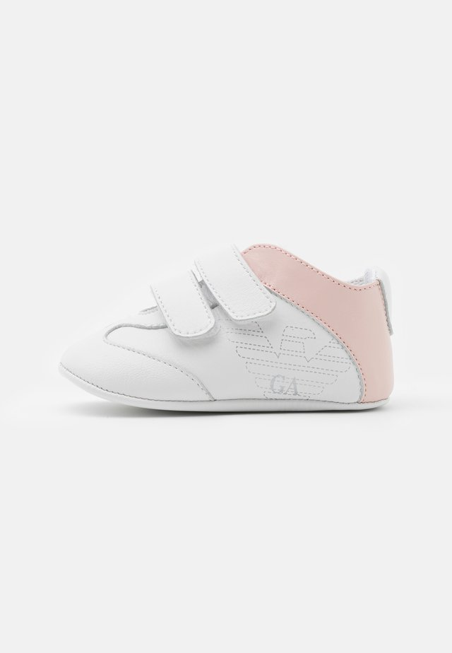 Kravlesko - white/light pink