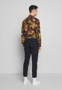 PS Paul Smith - FLIGHT PANTS - Cargo trousers - navy - 2