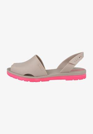 BARCELONA FEM - Pool slides - beige-pink
