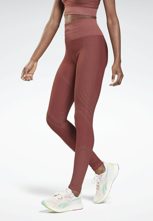 LES MILLS - Collant - red