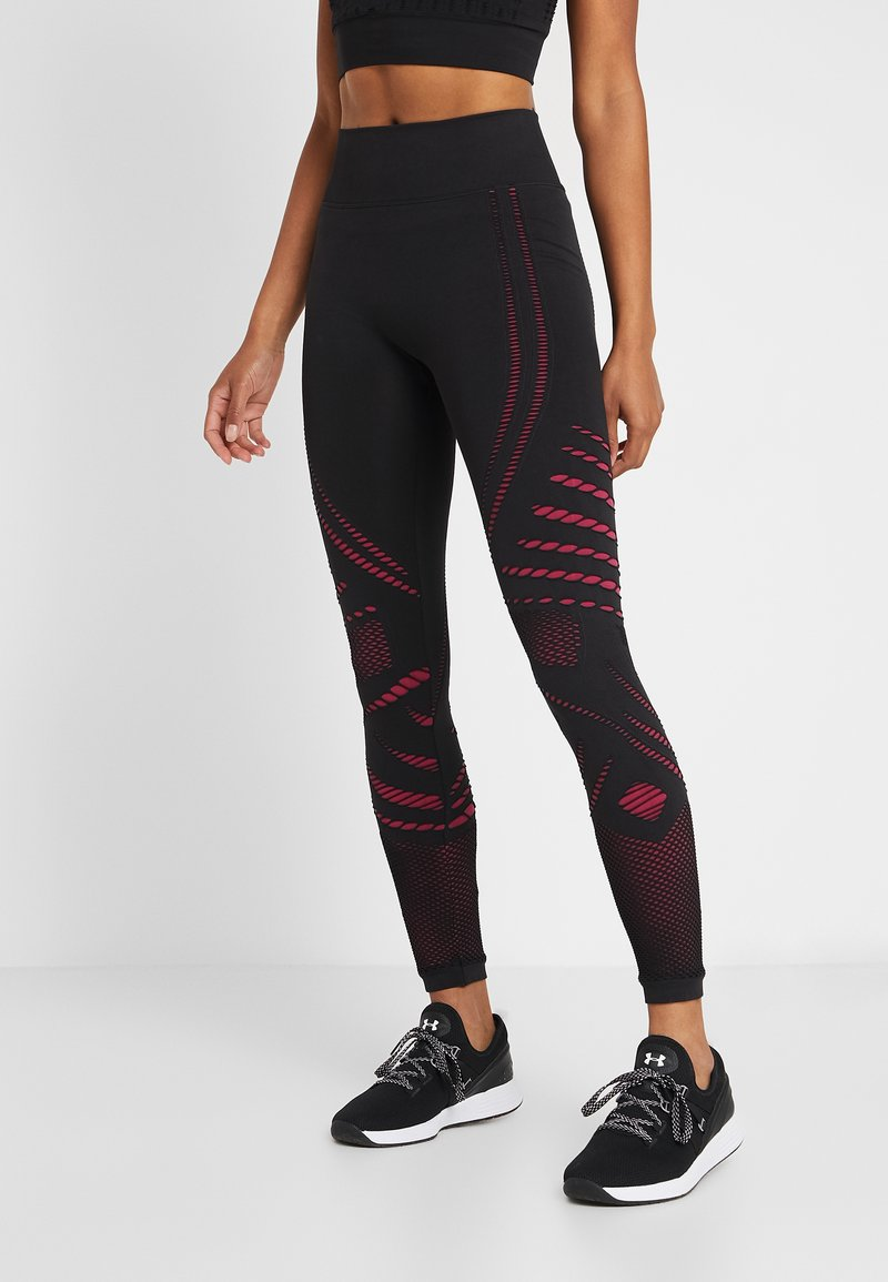 ONLY Play - ONPNAGINI CIRCULAR  - Leggings - black/beet red