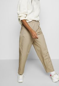 Champion Reverse Weave - LONG PANTS - Trousers - beige - 3