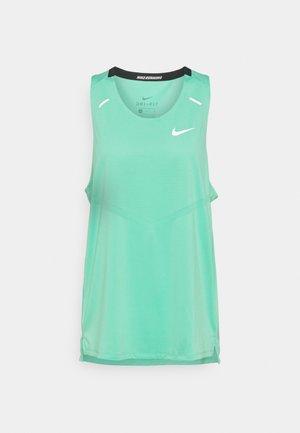 RISE 365 TANK - Sports shirt - green glow/reflective silver