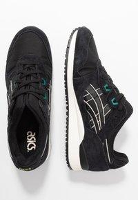 ASICS SportStyle - GEL-LYTE III OG - Sneakers - black - 3