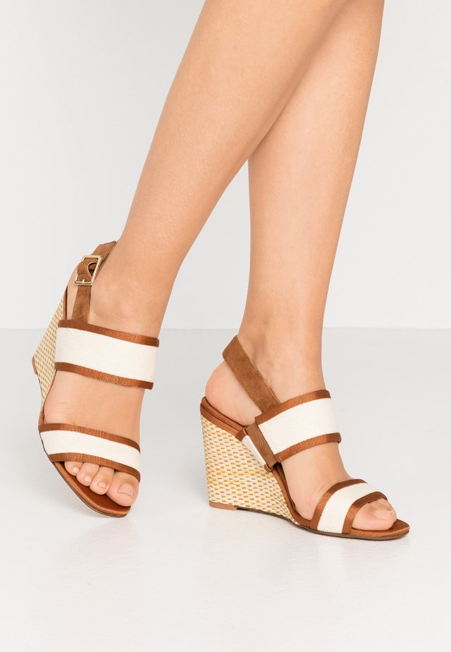 IMAGE WEAVE - High heeled sandals - tan