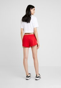 adidas Originals - Shorts - scarlet - 2