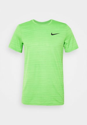 DRY SUPERSET - Camiseta básica - mean green/black