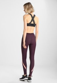 Skins - DNAMIC LONG - Leggings - merlot - 2