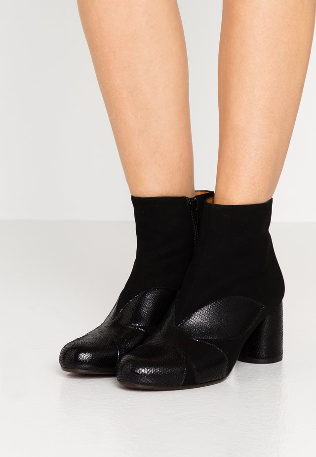MOLAINA - Ankle boots - black