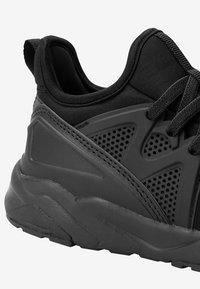 Next - Chodecká obuv - black - 2