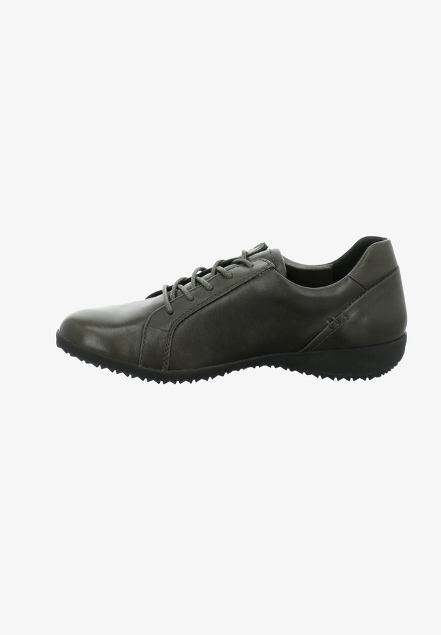 NALY - Trainers - moos