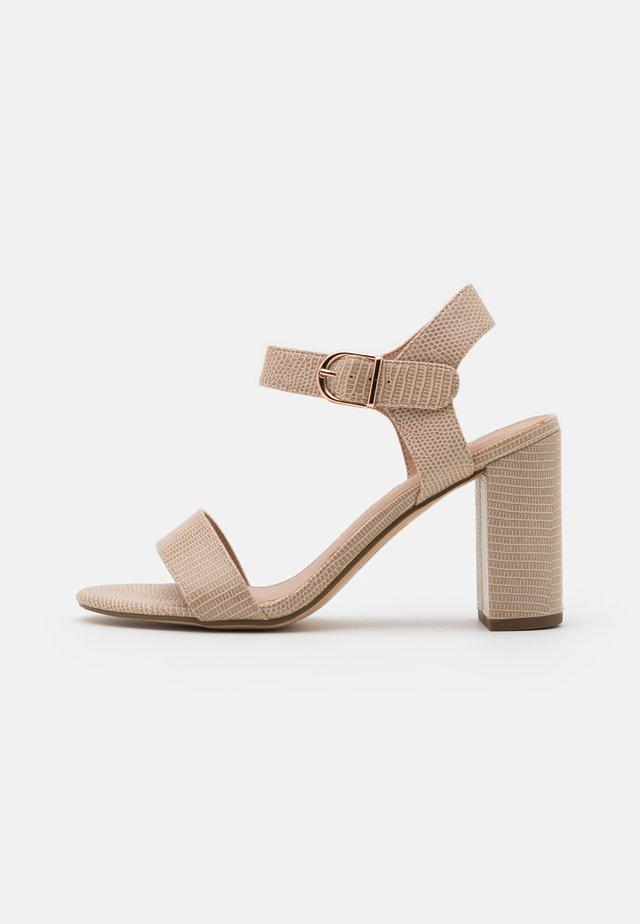 Sandalen met hoge hak - stone
