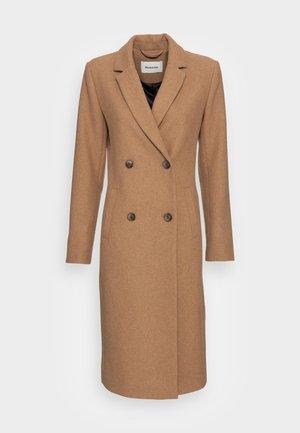 ODELIA LONG COAT - Classic coat - brown sugar