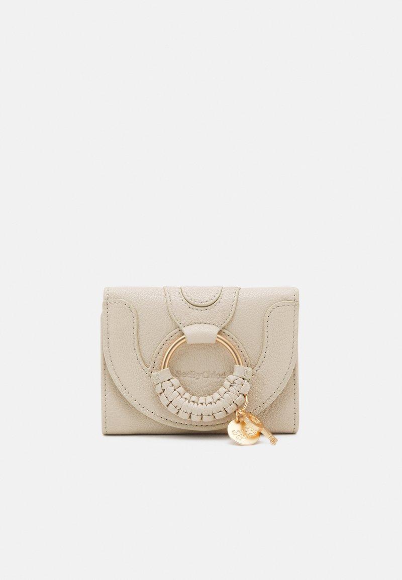 See by Chloé - Hana small wallet - Peněženka - cement beige