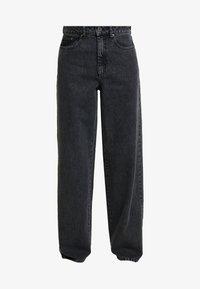Gestuz - SIENTA - Flared jeans - vintage black - 4