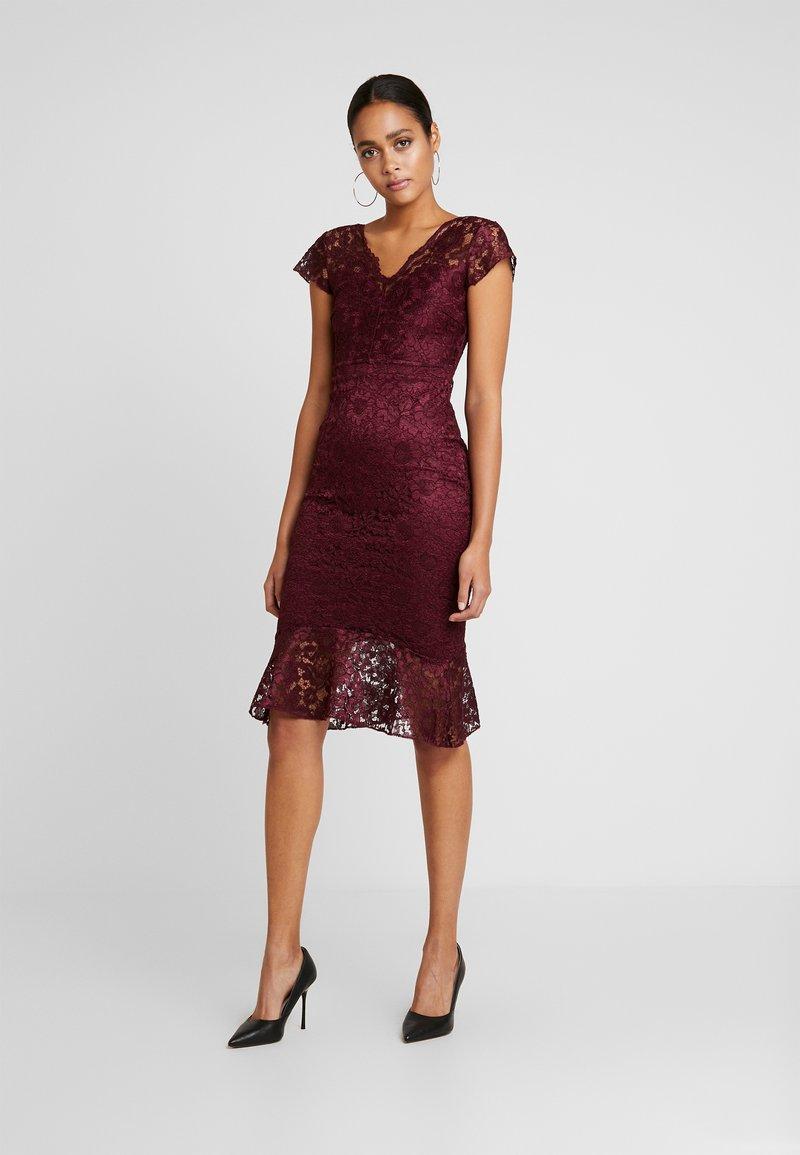 Sista Glam - CALAIS - Sukienka koktajlowa - berry