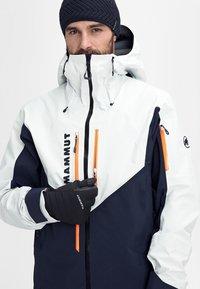 Mammut - Ski jacket - marine-bright white - 13