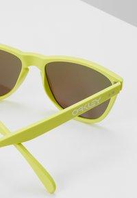Oakley - FROGSKINS - Sonnenbrille - matt neon yelolw/prizm sapphier - 2