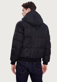 Finn Flare - Down jacket - black - 2