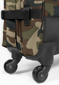 Eastpak - TRANS - Wheeled suitcase - camo - 2