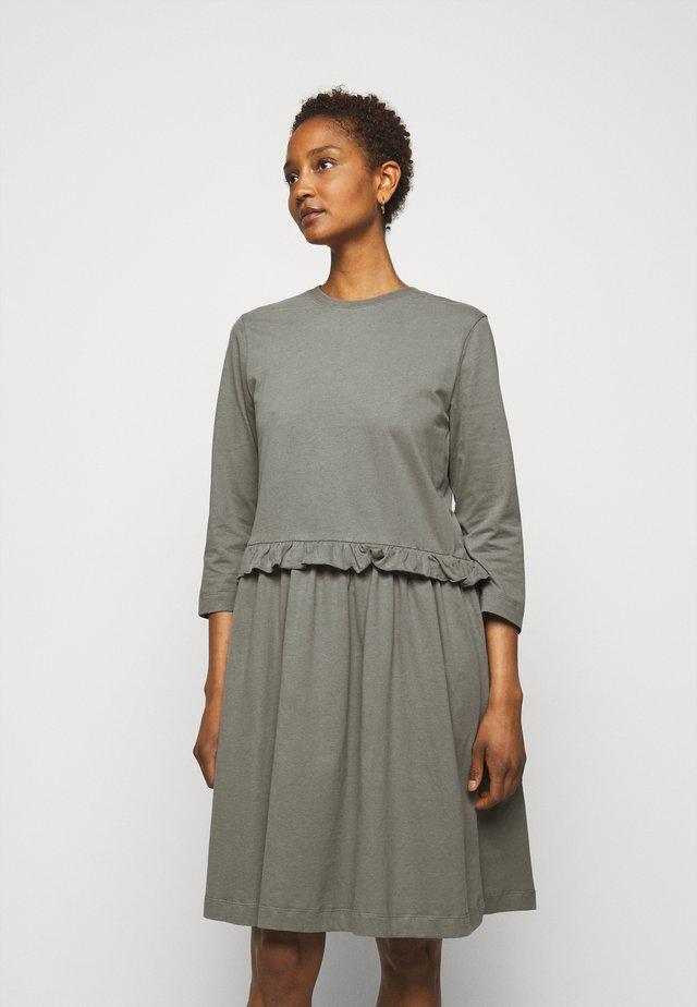 CURL - Žerzejové šaty - anthracite