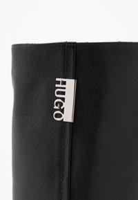 HUGO - VICTORIA FLAT - Boots - black - 2