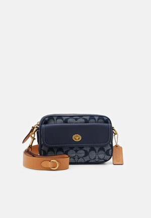 SIGNATURE CHAMBRAY CONVERTIBLE WAIST PACK - Skuldertasker - chambray midnight navy