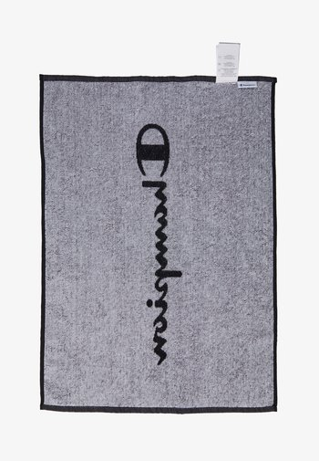 LEGACY TOWEL SMALL