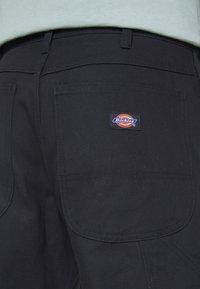Dickies - DUCK CARPENTER PANT - Reisitaskuhousut - black - 4