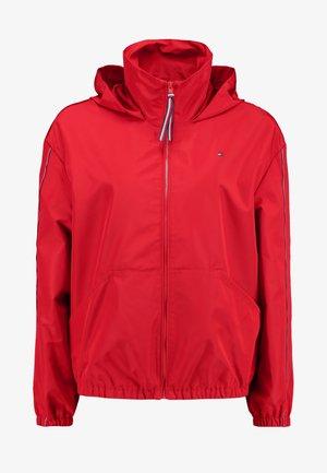 Lett jakke - primary red
