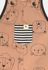 Turtledove - CUB FACE EASY FIT DUNGAREES UNISEX - Mono - brown - 2
