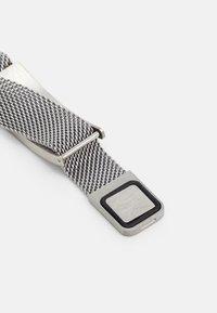 Guess - IDENTITY SHINY TAG UNISEX - Bracelet - silver-coloured - 1