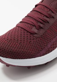 Skechers Performance - MAX GLITTER - Golf shoes - burgundy - 5
