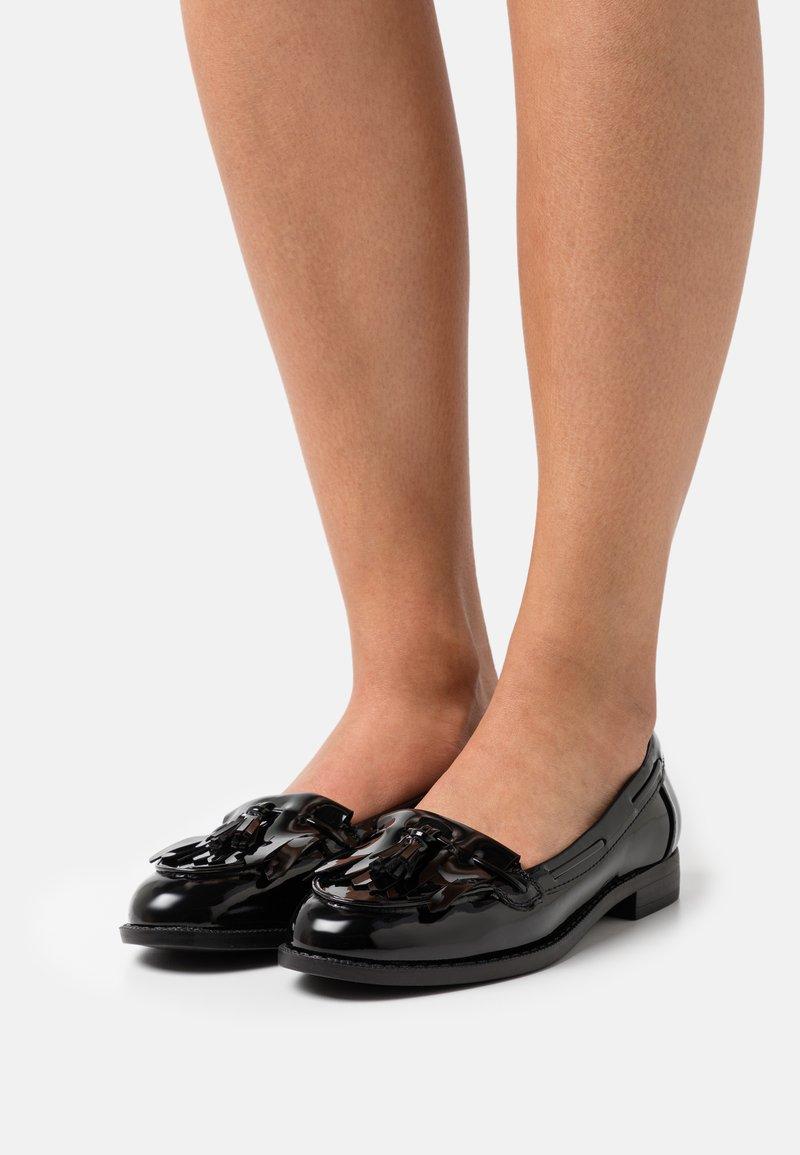 Marks & Spencer London - Mocassins - black