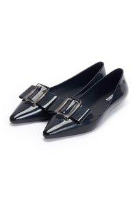 Melissa - POINTY - Ballet pumps - black - 3