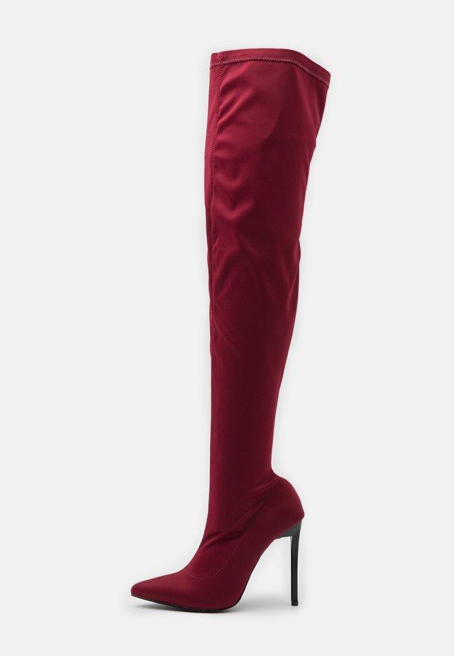 MAUREEN - Klassiska stövlar - burgundy