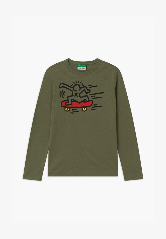 KEITH KISS BOY - T-shirt à manches longues - khaki