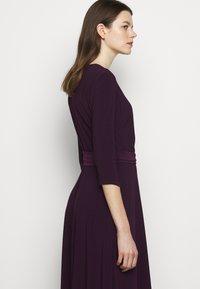 Lauren Ralph Lauren - MID WEIGHT DRESS - Trikoomekko - raisin - 4