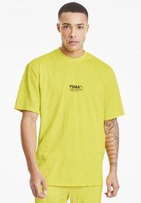 Puma - AVENIR CRINKLE  - T-shirt imprimé - meadowlark - 0