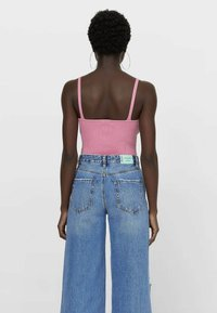 Stradivarius - Top - pink