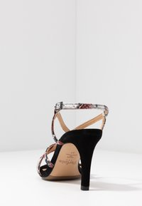 PERLATO - High heeled sandals - rosso/noir - 5