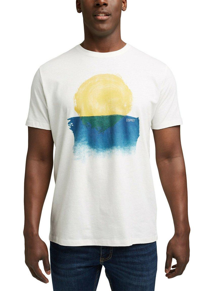 Esprit - ARTWORK - Print T-shirt - off white