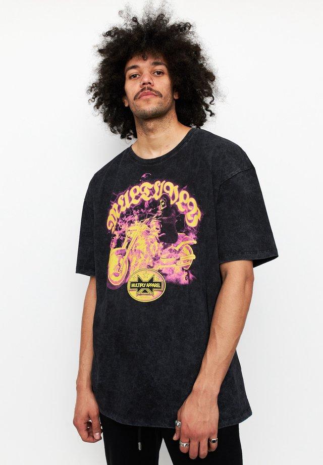 RIDER - T-shirt print - acid black
