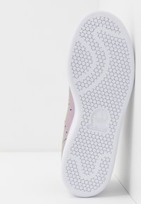 adidas Originals - STAN SMITH - Baskets basses - core black/footwear white - 6