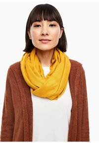 s.Oliver - Scarf - yellow - 0